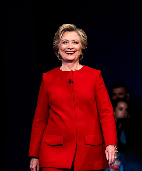 """""""Cuộc chiến"""" xanh - đỏ lạ lùng đằng sau sắc áo của Trump và Hillary - 5"""