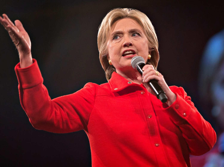 """""""Cuộc chiến"""" xanh - đỏ lạ lùng đằng sau sắc áo của Trump và Hillary - 7"""