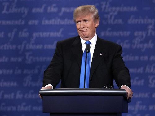 """""""Cuộc chiến"""" xanh - đỏ lạ lùng đằng sau sắc áo của Trump và Hillary - 10"""