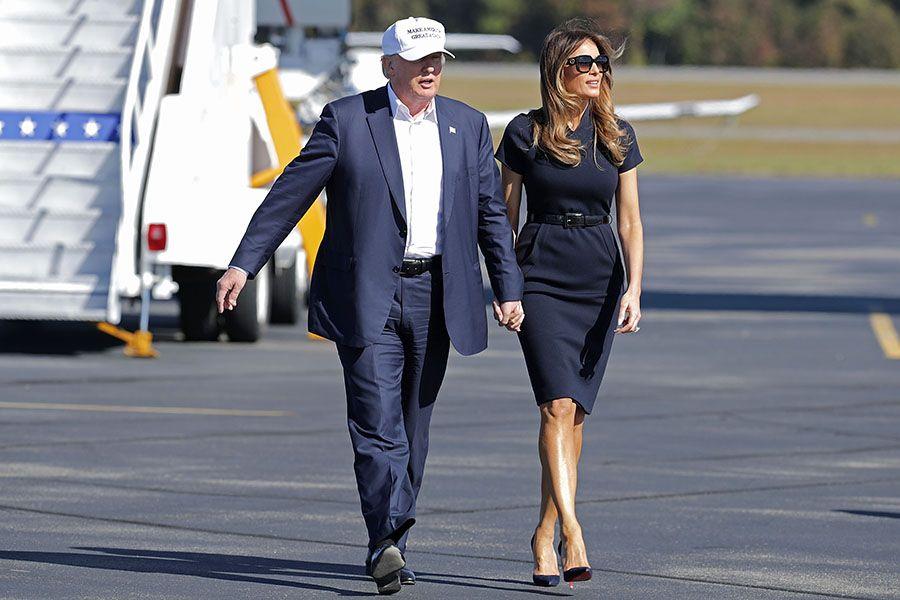 Cán mốc 70, Donald Trump vẫn quá phong độ bên vợ chân dài - 1