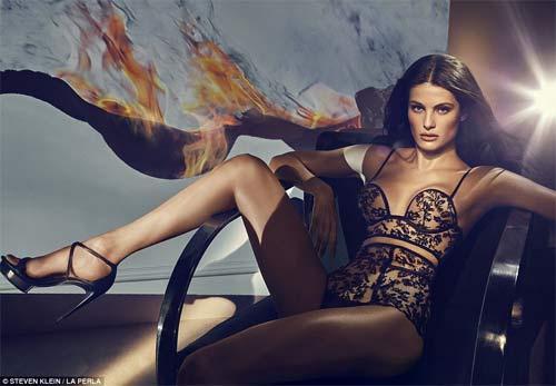 Kendall Jenner quyến rũ ngây ngất với nội y xuyên thấu - 4