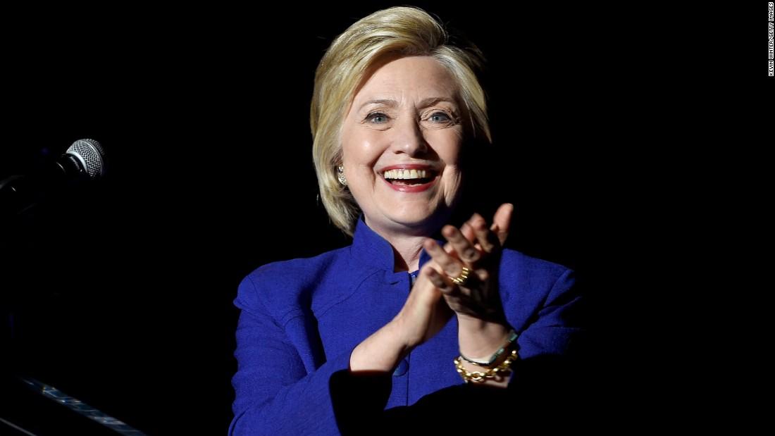 """Tờ báo """"hố nặng"""" vì đưa tin nhầm Clinton chiến thắng - 1"""