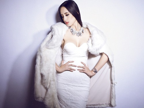 Mỹ nhân Việt nào mặc áo lông sành điệu nhất? - 4