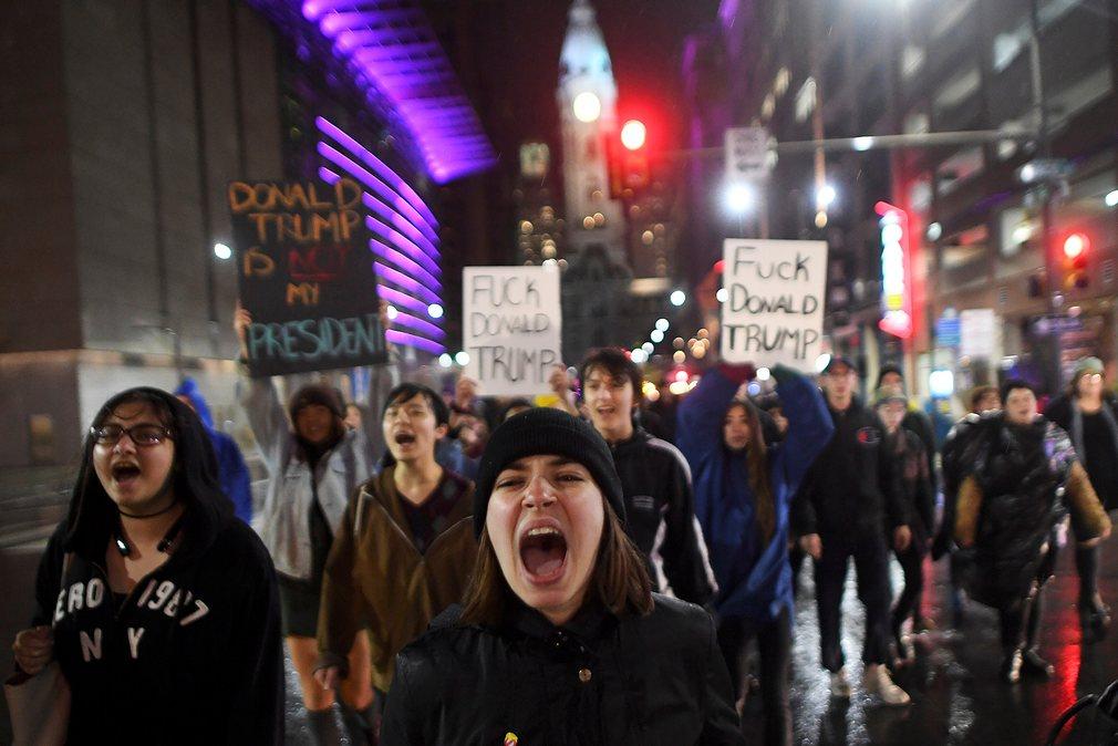 Mỹ: Làn sóng biểu tình chống Trump vẫn chưa dừng lại - 6