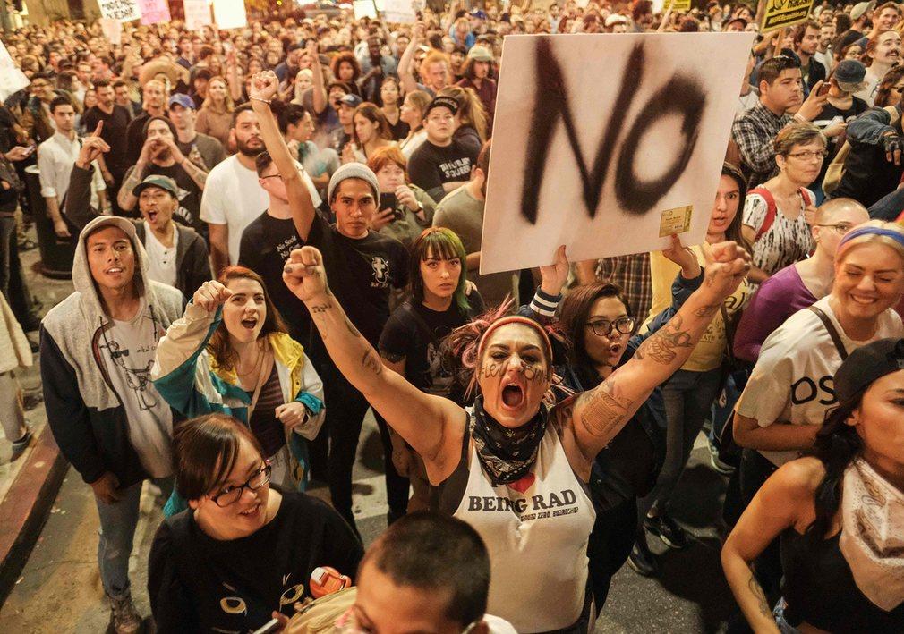 Mỹ: Làn sóng biểu tình chống Trump vẫn chưa dừng lại - 3