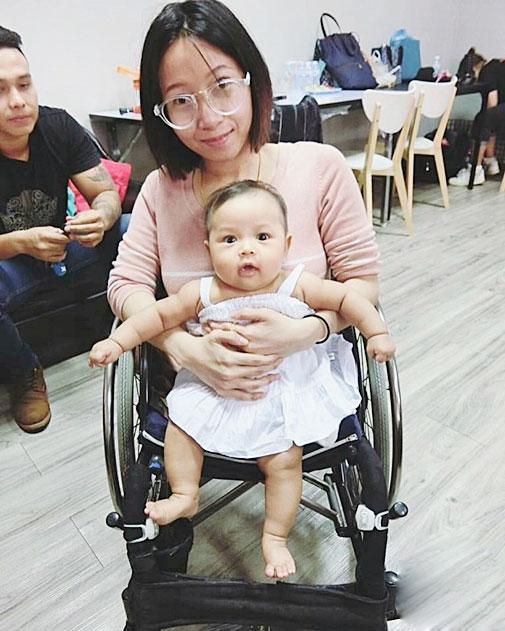 Cuộc sống hiện tại của cô vợ không chân từng gây sốt - 7