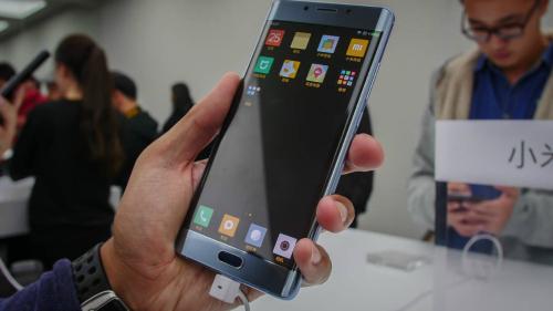 Top 6 smartphone Trung Quốc tốt nhất tháng 11 - 6