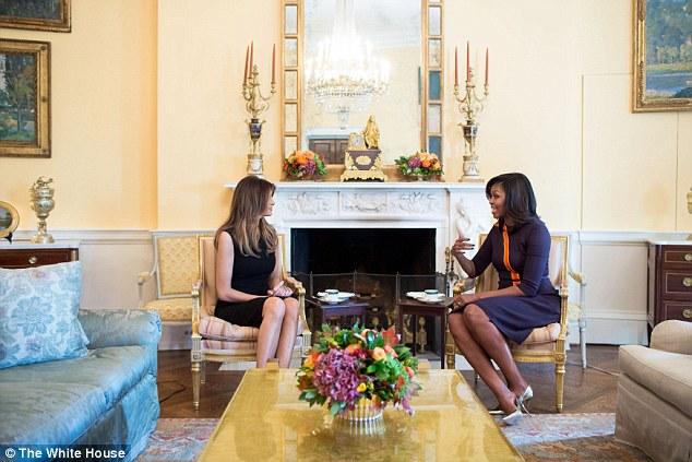 """Vợ Trump gặp vợ Obama, báo chí bị """"cấm cửa"""" - 1"""
