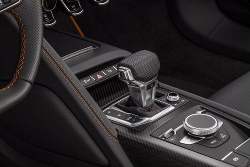 Audi R8 V10 Plus Exclusive Edition siêu hiếm giá 5,1 tỷ đồng - 4