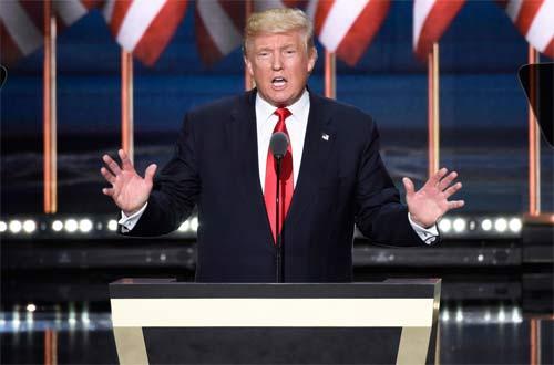 Ngắm những bộ vest trăm triệu của Donald Trump - 1