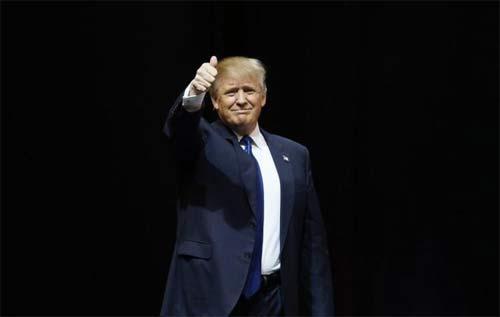 Ngắm những bộ vest trăm triệu của Donald Trump - 7