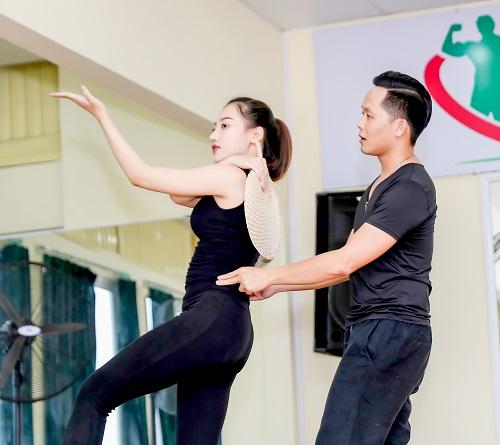 Mỹ nữ thi Hoa hậu Châu Á tích cực tập gym, luyện múa - 9
