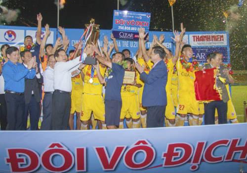 Nhìn lại giải U21: Phần thưởng xứng đáng cho ý chí tuyệt vời - 1
