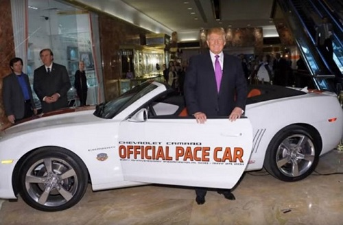 Thời trẻ điển trai, cực nhiều tiền và rất đào hoa của ông Trump - 5