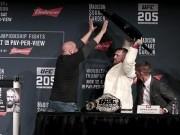 """Thể thao - Bị chơi xỏ: """"Gã điên UFC"""" vác ghế ném đối thủ"""