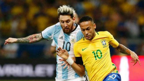 Messi: Cánh én không thể mang mùa xuân về Argentina - 1