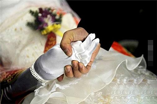 Lễ kết hôn với thi thể cô dâu khiến ai cũng nức nở - 5