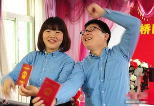 Giới trẻ TQ đổ xô đăng ký kết hôn trong ngày độc thân - 2
