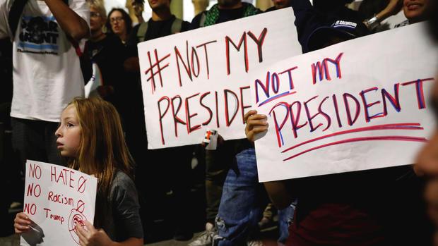 Trump đột nhiên ca ngợi người biểu tình khắp nước Mỹ - 2