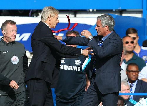 Arsenal không bán Ozil, MU - Mourinho đừng mơ - 2