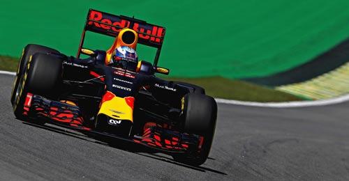 F1, đua thử Brazilian GP: Red Bull bám đuổi Mercedes - 1