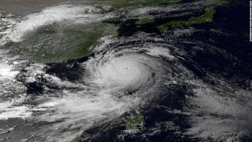 Một trận bão có thể tạo ra điện cho Nhật Bản dùng 50 năm? - 1