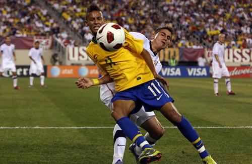 "Neymar: Sắp vượt Pele & Ro ""béo"", nhắm kỷ lục 109 bàn - 2"