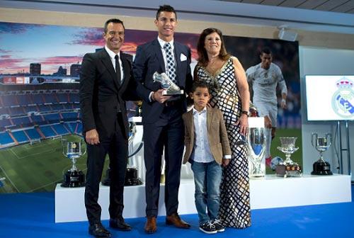 """Siêu cò và góc khuất: Vì Ronaldo, Pogba cần """"bố nuôi"""" (P1) - 3"""