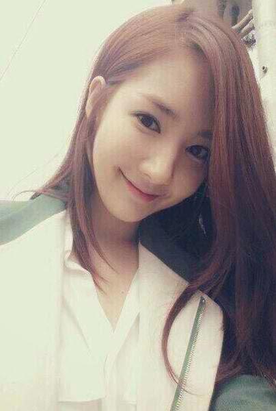 """Ngỡ ngàng vẻ ngoài  """"hóa thiên nga"""" của bồ cũ Lee Min Ho - 14"""