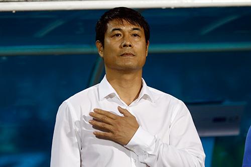 HLV Hữu Thắng hành động bất ngờ khiến đội Nhật vị nể - 3