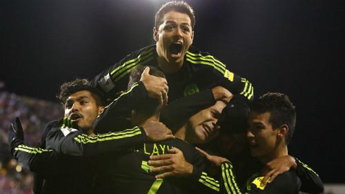 Cựu sao Barca giúp Mexico phá lời nguyền trước Mỹ - 1