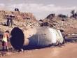 Vật thể lạ khổng lồ bằng kim loại rơi xuống Myanmar