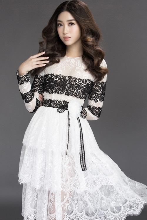 Mướt mắt ngắm HH Mỹ Linh thả dáng trong loạt váy ren hoa - 5