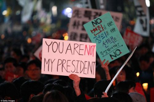 Ảnh: Triệu người biểu tình đòi tổng thống HQ từ chức - 10