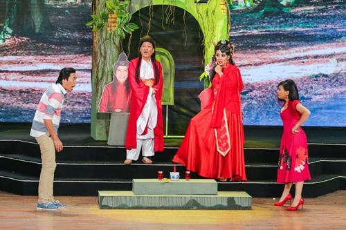 Nhã Phương bừng sáng trên sân khấu bên Trường Giang - 9