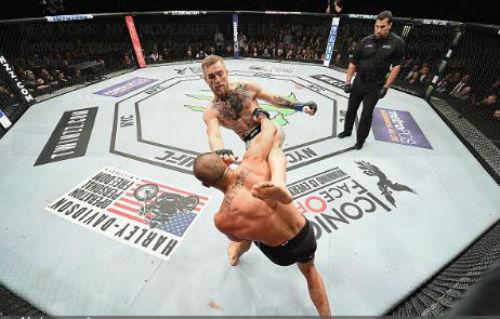 """Thắng siêu tốc, """"Gã điên"""" McGregor tạo kỳ tích UFC - 1"""