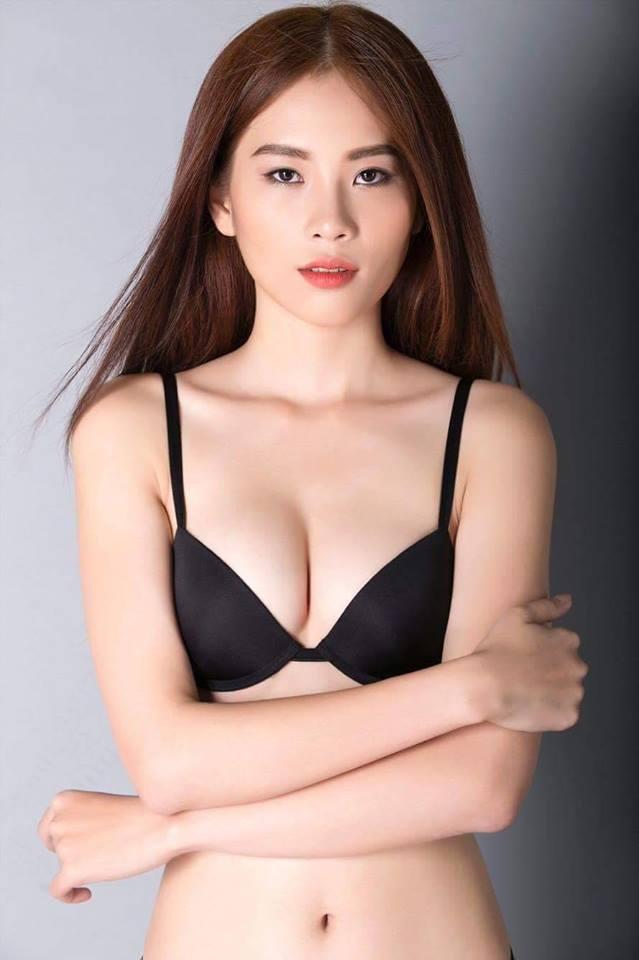 Rò rỉ ảnh chị song sinh của Nam Em cũng sexy đến bất ngờ - 11
