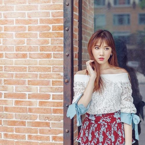 Hari Won vai trần đẹp mộng mơ trên phố - 9