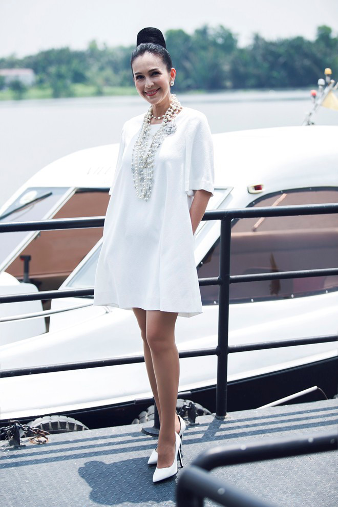 Top 4 mỹ nhân U40,50 đẹp hơn gái 18 của showbiz Việt - 6