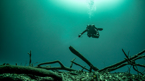 Khám phá hồ nước ngầm bí ẩn ở Mexico - 3