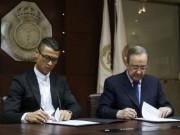 Bóng đá - Đeo kính ký hợp đồng tỷ đô, Ronaldo có thể bị phạt