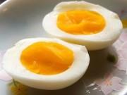 Sức khỏe đời sống - Nhập viện vì suốt ngày ăn trứng