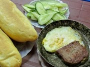 Sức khỏe đời sống - Tại sao không nên ăn bánh mỳ trứng ốp la kèm xì dầu?