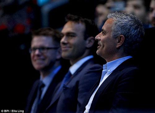 MU: Jose Mourinho sẽ lại bị phản bội? - 3