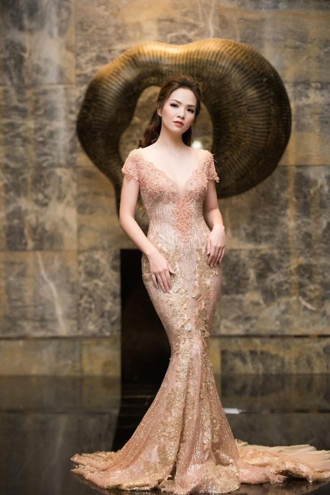 Đan Lê, Hồng Nhung so kè đầm bó xuyên thấu - 2