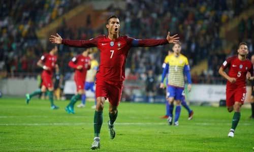 Ronaldo: Lập siêu phẩm nhưng đá 11m tệ - 1