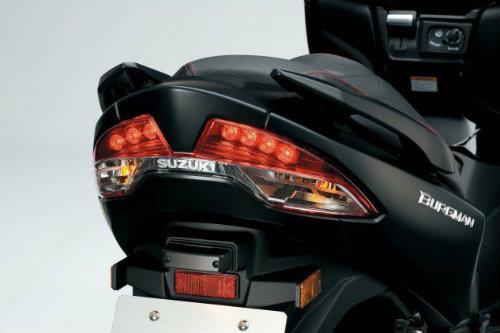 2017 Suzuki Burgman 400 tươi mới, thể thao hơn - 3