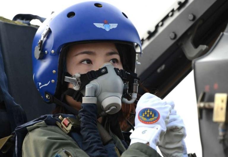 Đằng sau vụ nữ phi công chiến đấu cơ J-10 của TQ tử nạn - 1