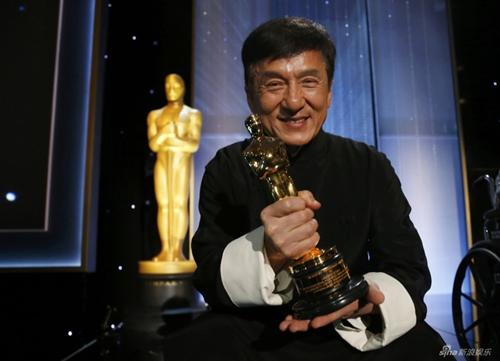 Sau nửa thập kỉ đóng hơn 200 phim, Thành Long cũng có giải Oscar - 1