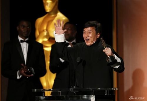 Sau nửa thập kỉ đóng hơn 200 phim, Thành Long cũng có giải Oscar - 2